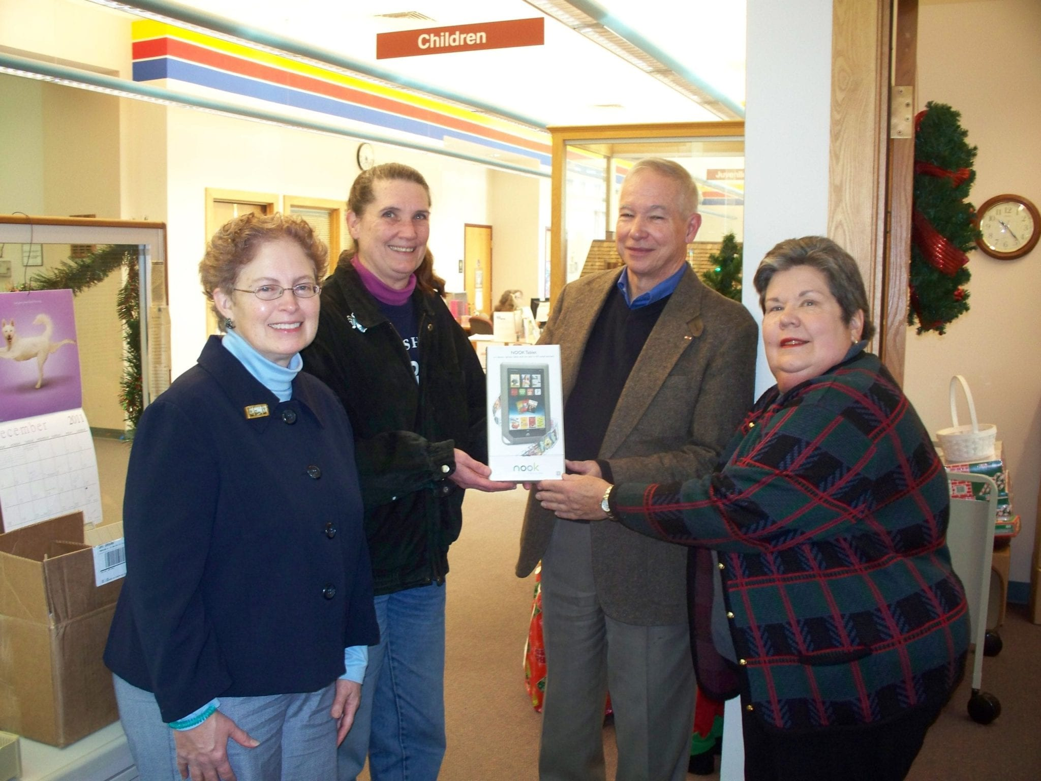 Nook winner chosen, B'ville Library fundraiser a success