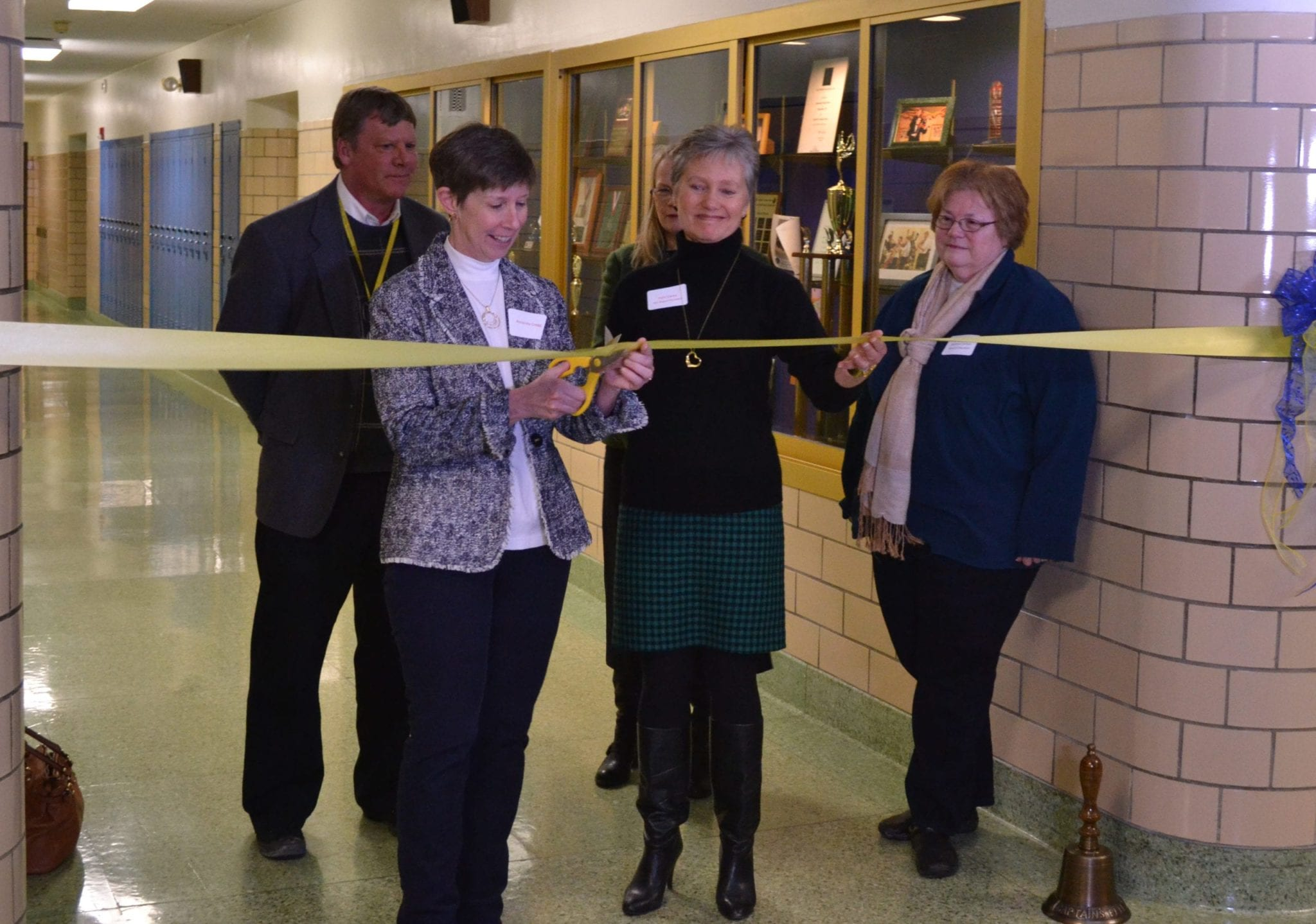 Skaneateles schools, community celebrate new high school technology lab