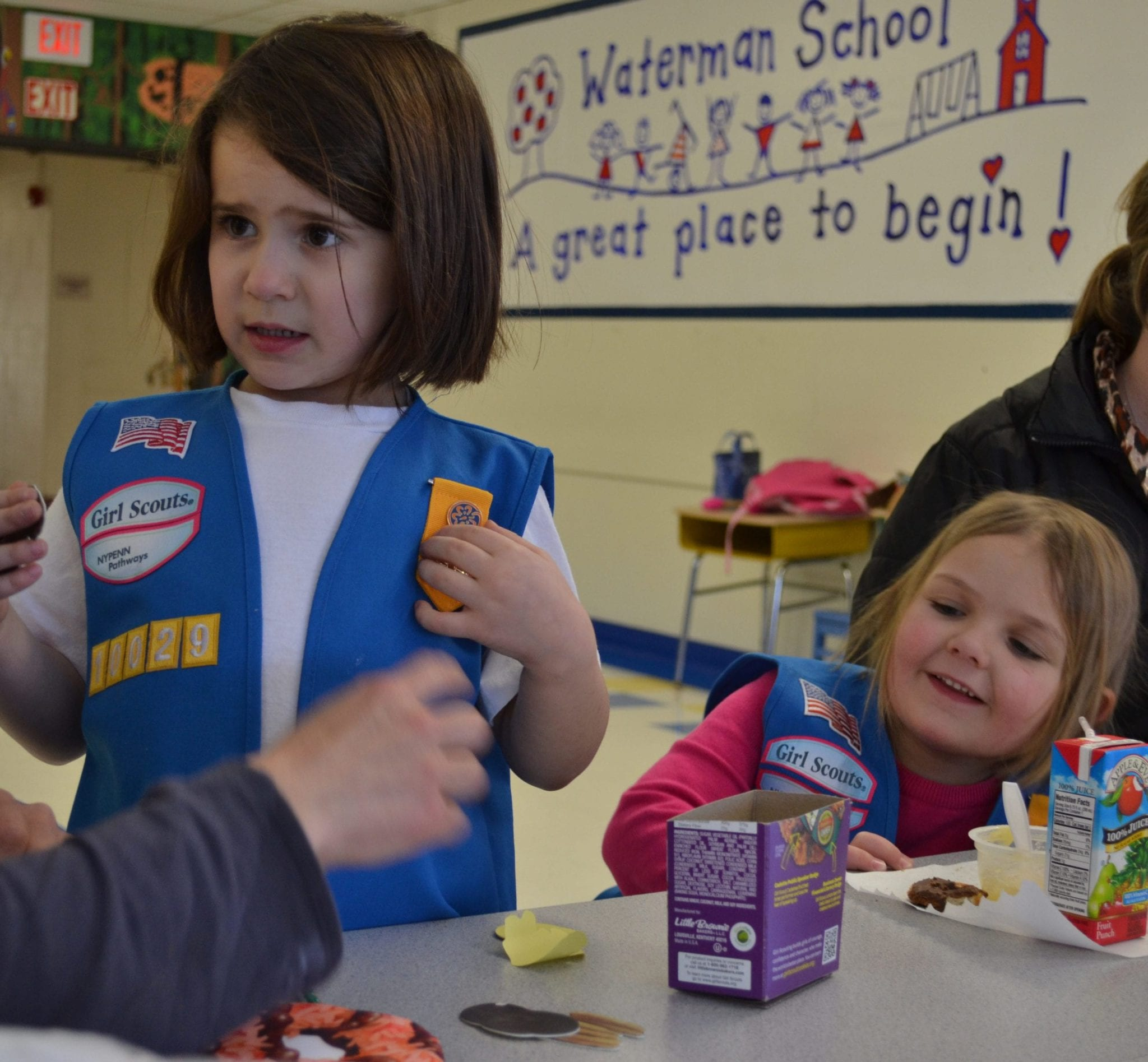 Skaneateles girl scouts prepare for cookie sale