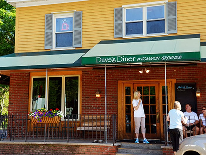 Support groups, tutoring now offered at Common Grounds