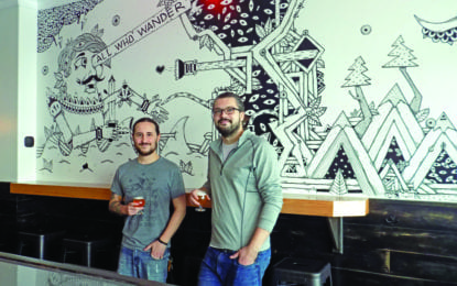 New bar opens in Manlius shopping plaza