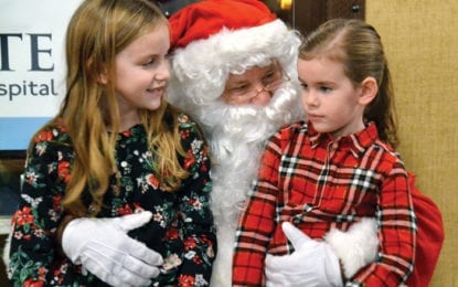 Stingers Pizza holds first annual Breakfast with Santa